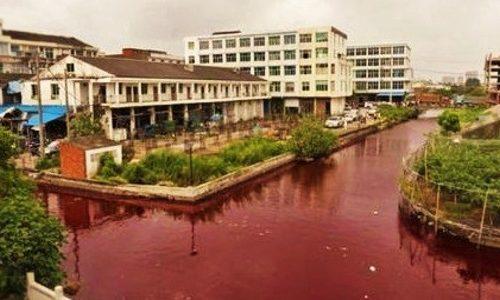 Cina e il suo fiume rosso sangue